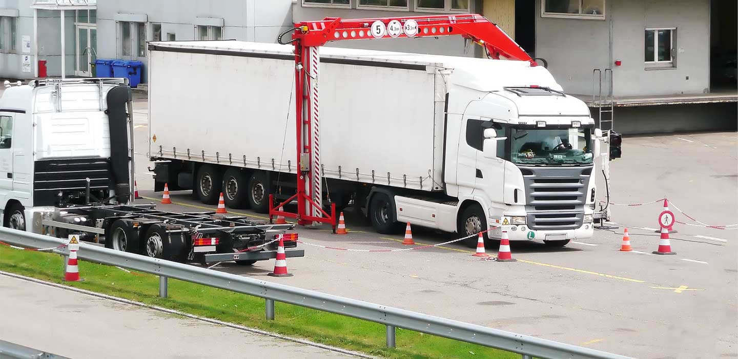 mobile imaging tool checking a truck